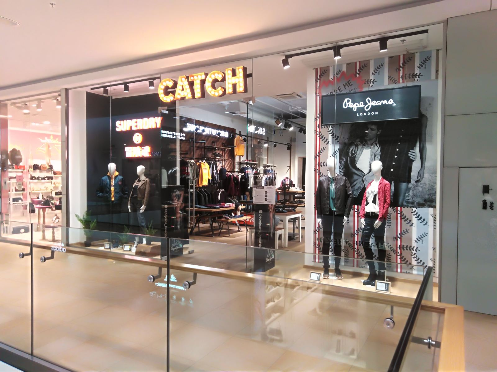 Catch - Mall of Split
