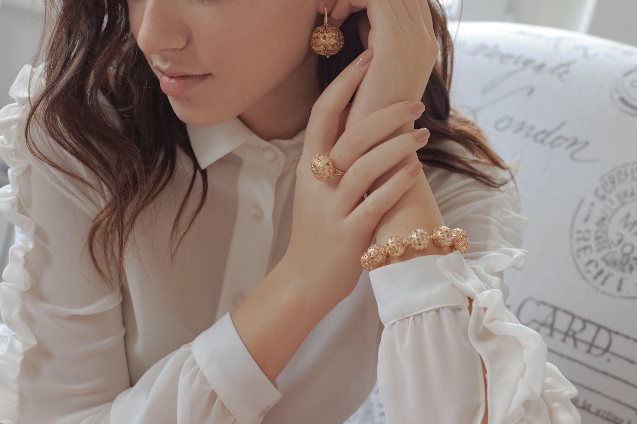 1. Tradicijski nakit iz linije botuni