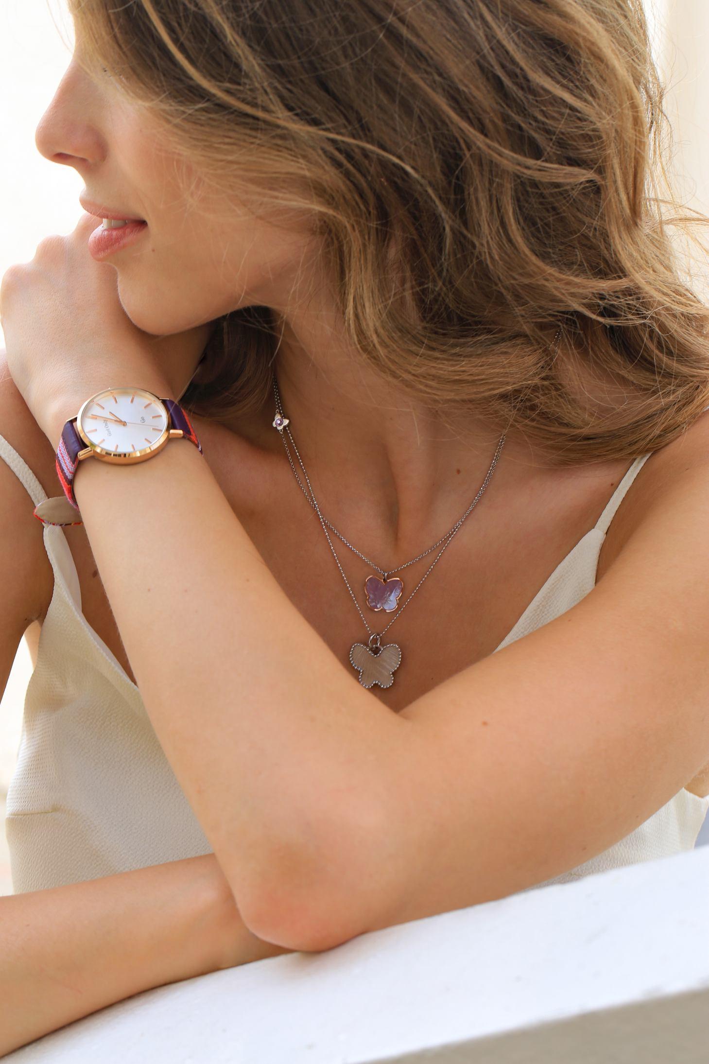 Srebrna ogrlica od red.cijena 550kn, s popustom 275kn, Sat Girl Only, redovna cijena 590kn, s popustom 413kn, Argentum