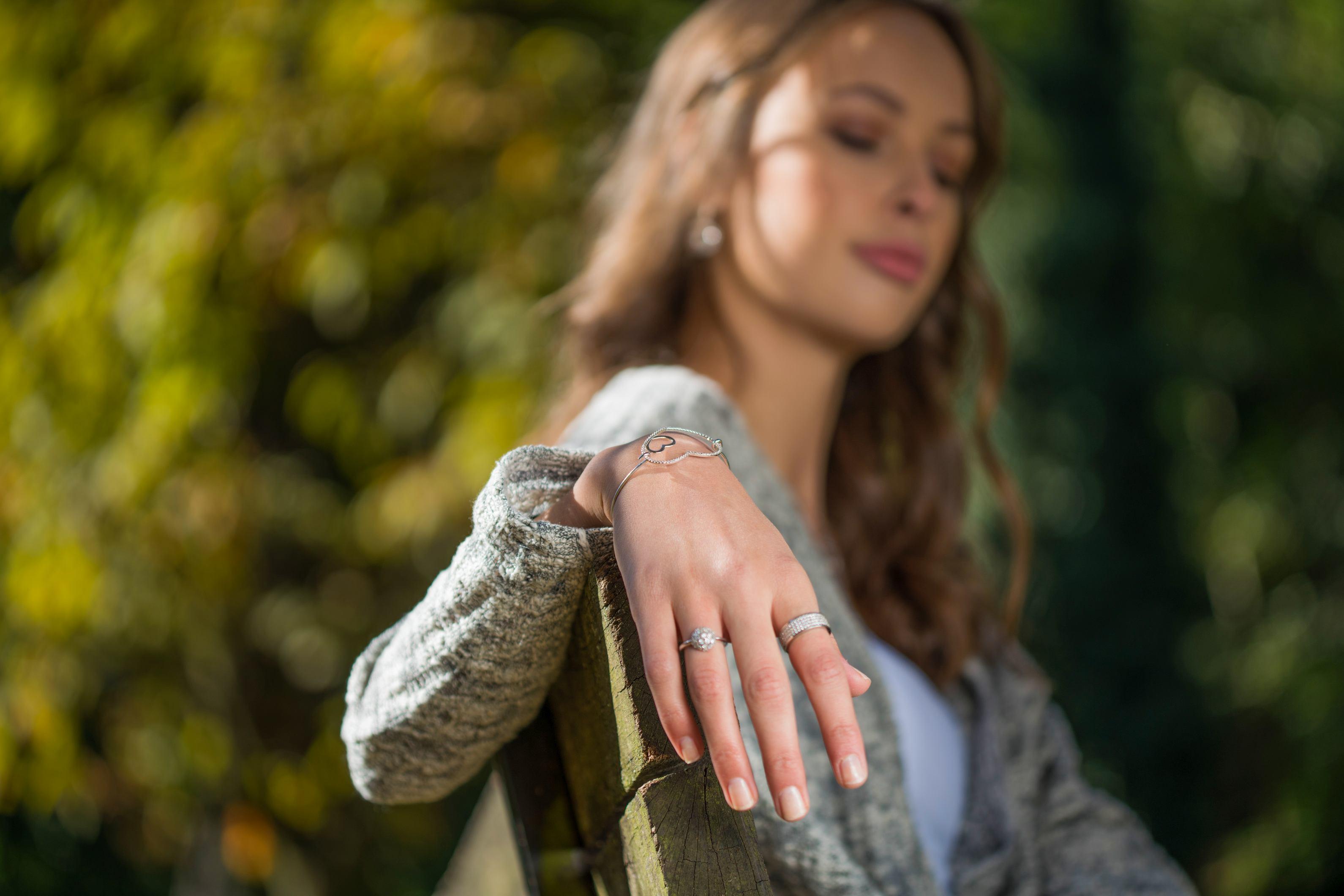 Desni prsten_270kn_lijevi prsten 760kn_ narukvica_620kn_Argentum